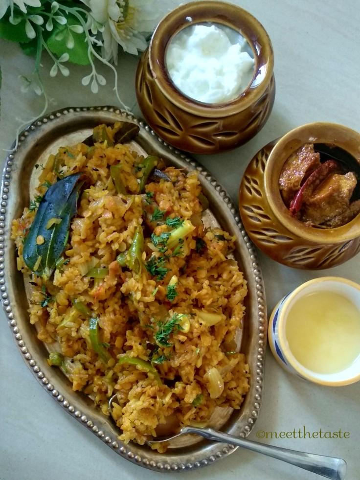 MASALE BHAAT | MAHARASHTRIAN STYLE MASALE BHAAT | मसाले भात
